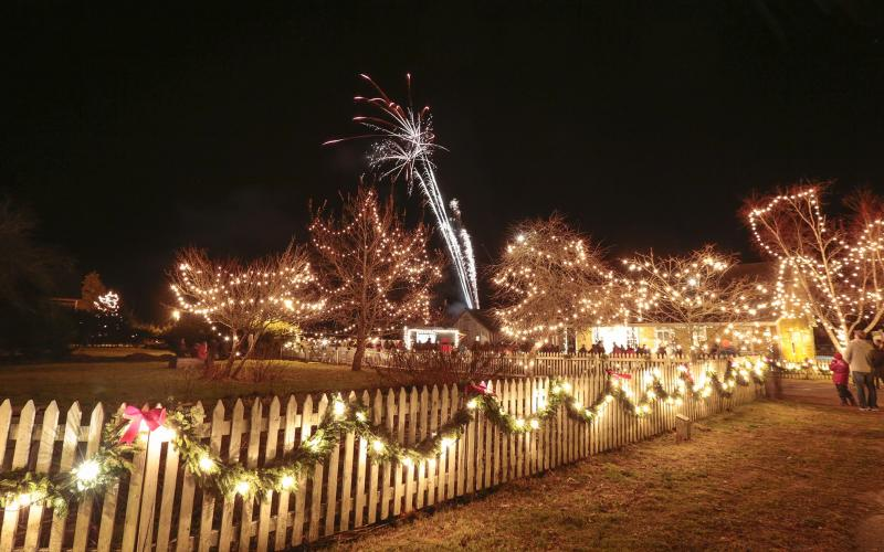 Old Fashioned Christmas Sherbrooke Village